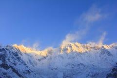 Βουνό του Ιμαλαίαυ Annapurna στην ανατολή, Νεπάλ Στοκ Φωτογραφίες