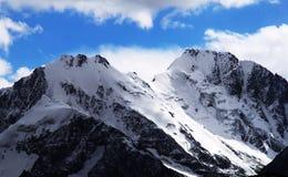 Βουνό χιονιού Στοκ εικόνα με δικαίωμα ελεύθερης χρήσης