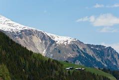 βουνό χιονώδες Στοκ εικόνες με δικαίωμα ελεύθερης χρήσης
