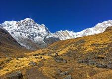 Βουνό Annapurna και στρατόπεδο βάσεων Annapurna Στοκ Φωτογραφία