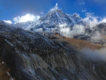 Βουνό Annapurna και στρατόπεδο βάσεων Annapurna Στοκ εικόνες με δικαίωμα ελεύθερης χρήσης
