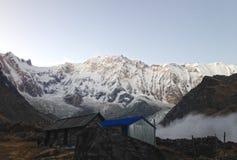 Βουνό Annapurna και στρατόπεδο βάσεων Annapurna Στοκ φωτογραφία με δικαίωμα ελεύθερης χρήσης