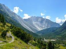 Βουνό Danda Swargadwari από ανώτερο Pisang, Νεπάλ Στοκ Φωτογραφία