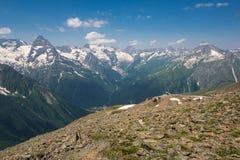 Βουνό Dombai, Καύκασος, Ρωσία στοκ φωτογραφίες με δικαίωμα ελεύθερης χρήσης