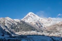 Βουνό Kazbek Στοκ εικόνες με δικαίωμα ελεύθερης χρήσης