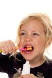 βουρτσίζοντας οδοντόπα&s Στοκ φωτογραφίες με δικαίωμα ελεύθερης χρήσης