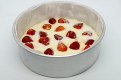 Βουτύρου κέικ φραουλών, φρέσκο σπιτικό καλό γεύμα αρτοποιείων Στοκ φωτογραφία με δικαίωμα ελεύθερης χρήσης
