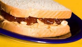 βουτύρου σάντουιτς φυστικιών ζελατίνας Στοκ Φωτογραφία