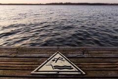 βουτώντας κανένα σημάδι Στοκ φωτογραφία με δικαίωμα ελεύθερης χρήσης