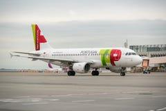 ΒΟΥΔΑΠΕΣΤΗ, ΟΥΓΓΑΡΙΑ - 5 Μαρτίου - πτήση TAP Πορτογαλία Στοκ φωτογραφία με δικαίωμα ελεύθερης χρήσης