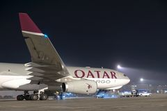 ΒΟΥΔΑΠΕΣΤΗ, ΟΥΓΓΑΡΙΑ - 5 Μαρτίου - airbus QUATAR A330 Στοκ Εικόνες