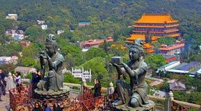 Βουδιστικά αγάλματα στο μεγάλο Βούδα, lantau, Χογκ Κογκ Στοκ Φωτογραφία