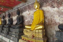 βουδιστικά αγάλματα Στοκ εικόνα με δικαίωμα ελεύθερης χρήσης