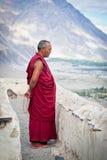 Βουδιστικός μοναχός από το μοναστήρι Diskit. Ινδία Στοκ φωτογραφίες με δικαίωμα ελεύθερης χρήσης