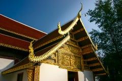 Βουδιστικός ναός με την ταϊλανδική βόρεια τέχνη ύφους Στοκ εικόνα με δικαίωμα ελεύθερης χρήσης