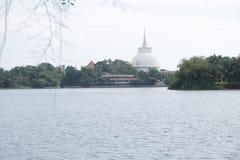 Βουδιστικός ναός Kalutara στοκ φωτογραφία