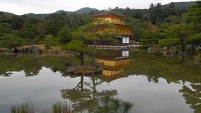 Βουδιστικός ναός Kinkaku, Κιότο, Ιαπωνία απόθεμα βίντεο
