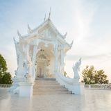 βουδιστικό λευκό ναών Στοκ φωτογραφία με δικαίωμα ελεύθερης χρήσης
