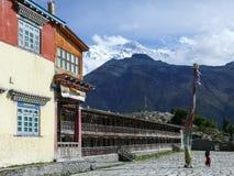 Βουδιστικό μοναστήρι κοντά σε Ngawal και Annapurna 2, Νεπάλ Στοκ Φωτογραφία