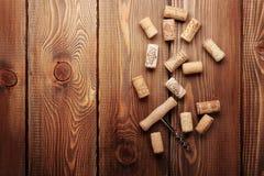 βουλώνει το κρασί ανοιχ&ta Στοκ Φωτογραφία