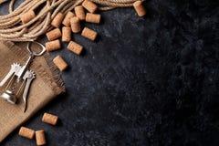 βουλώνει το κρασί ανοιχ&ta Στοκ φωτογραφία με δικαίωμα ελεύθερης χρήσης
