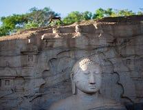 Βούδας και στιγμιαίος πίθηκος ικανοποίησης στοκ φωτογραφίες