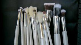 Βούρτσα σύνθεσης, σκιά ματιών, σύνθεση, Mascara Applicator, δημόσιες σχέσεις ομορφιάς Στοκ εικόνες με δικαίωμα ελεύθερης χρήσης