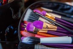 Βούρτσες σύνθεσης, επαγγελματικό σύνολο makeup Στοκ φωτογραφίες με δικαίωμα ελεύθερης χρήσης