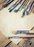 Βούρτσες χρωμάτων για τη ζωγραφική Στοκ εικόνες με δικαίωμα ελεύθερης χρήσης