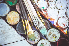 Βούρτσες χρωμάτων καλλιτεχνών Στοκ εικόνες με δικαίωμα ελεύθερης χρήσης