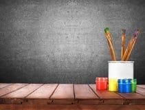 Βούρτσες χρωμάτων τέχνης στοκ φωτογραφία με δικαίωμα ελεύθερης χρήσης