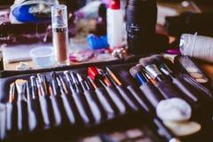 Βούρτσες Makeup, κινηματογράφηση σε πρώτο πλάνο Στοκ εικόνα με δικαίωμα ελεύθερης χρήσης