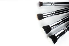 Βούρτσες Makeup στο άσπρο υπόβαθρο Στοκ εικόνες με δικαίωμα ελεύθερης χρήσης
