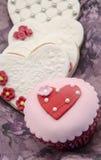 Βούτυρο cookiesn και cupcake Στοκ Εικόνες