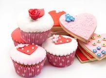 Βούτυρο cookiesn και cupcake Στοκ φωτογραφίες με δικαίωμα ελεύθερης χρήσης