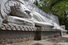 Βούδας στη μακριά παγόδα γιων σε Nha Trang στοκ φωτογραφίες