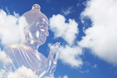 Βούδας στον ουρανό ουρανού Στοκ Φωτογραφίες