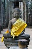 Βούδας στον παλαιό ναό Στοκ Εικόνα
