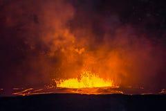 Βράζοντας λάβα στο ηφαίστειο Kilauea στοκ εικόνα με δικαίωμα ελεύθερης χρήσης