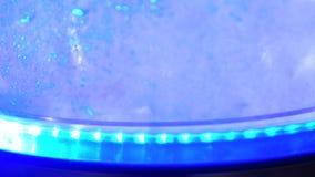 Βράζοντας κατσαρόλα με το backlight απόθεμα βίντεο