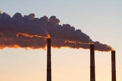 βράσιμο στον ατμό ισχύος φυτών σωλήνων Στοκ φωτογραφία με δικαίωμα ελεύθερης χρήσης