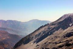 Βράχοι βουνών στη Χιλή Στοκ Εικόνες