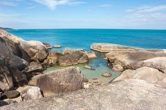 Βράχοι γιαγιάδων και παππούδων στο νησί Samui Στοκ Εικόνα