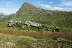 Βράχοι και αιχμές Στοκ φωτογραφία με δικαίωμα ελεύθερης χρήσης
