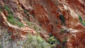 Βράχοι και απότομοι βράχοι Στοκ φωτογραφία με δικαίωμα ελεύθερης χρήσης