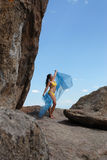 βράχοι κοριτσιών Στοκ φωτογραφίες με δικαίωμα ελεύθερης χρήσης