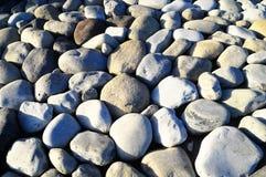 Βράχοι που λειαίνονται στρογγυλοί από το νερό στοκ φωτογραφία με δικαίωμα ελεύθερης χρήσης