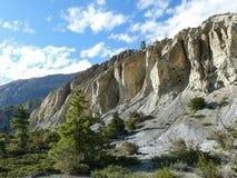Βράχοι που διαβρώνονται από το νερό μεταξύ Ngawal και Bhraka, Νεπάλ Στοκ Εικόνες