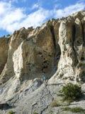 Βράχοι που διαβρώνονται από το νερό μεταξύ Ngawal και Bhraka, Νεπάλ Στοκ φωτογραφία με δικαίωμα ελεύθερης χρήσης