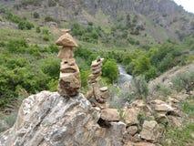 βράχοι που συσσωρεύονται στοκ εικόνες